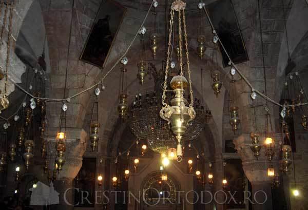 Biserica Invierii din Ierusalim - Candele