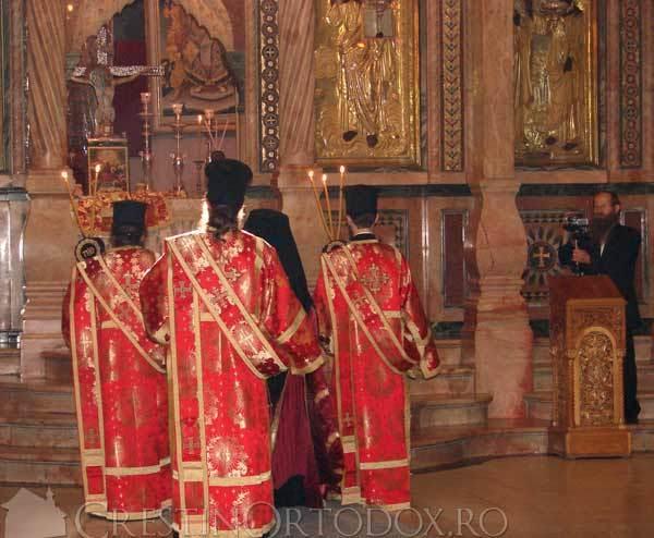 Biserica Sfantului Mormant - Sfanta Liturghie