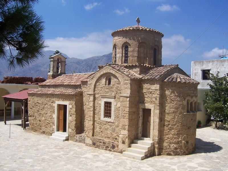 Manastirile Miriokefala si Roustica din Creta
