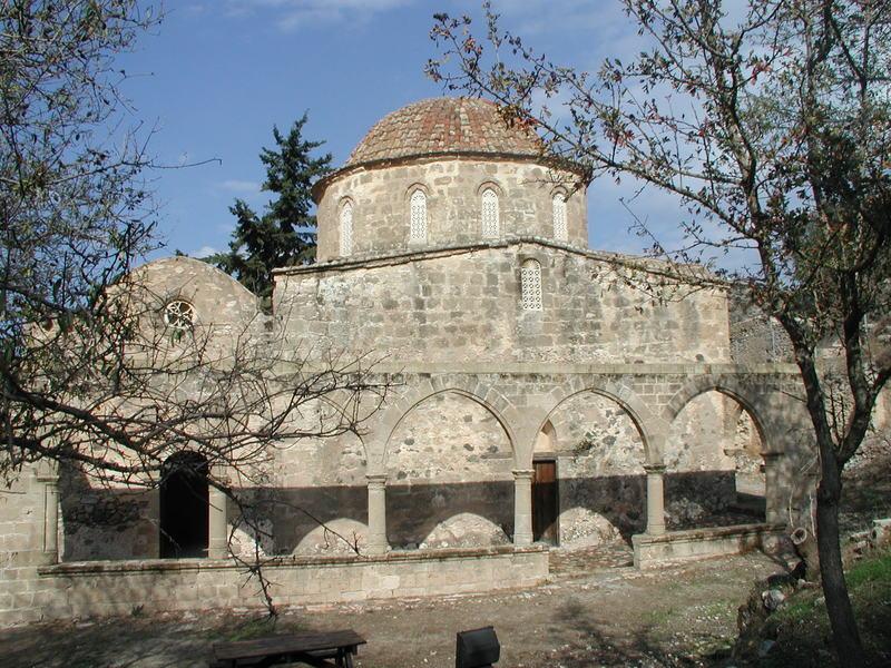 "Manastirea Antifonitis -  Arhanghelul Mihail ""care raspunde"""