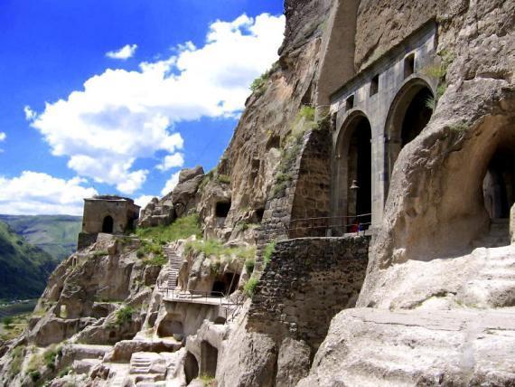 Manastirea Vardzia