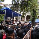 Credinciosi la inmormantarea parintelui Arsenie Papacioc