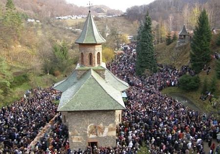 Pelerinaj in Tara Hateului - Manastirea Prislop