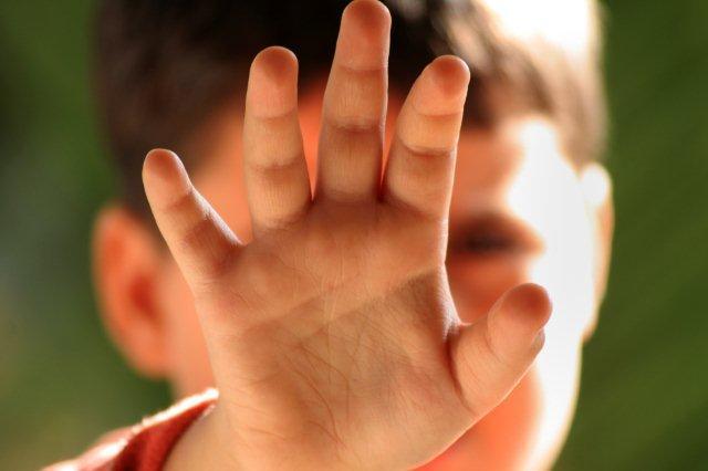 De ce e agresiv copilul