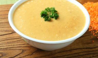 Supa de linte cu usturoi