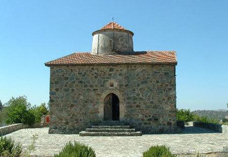 Biserica Sfanta Cruce - Pelendri
