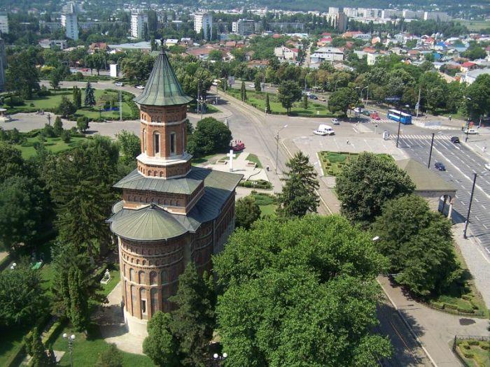 Arhitectura in Tara Romaneasca si Moldova in secolele XIX-XX