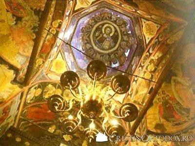 Manastirea Arnota - Policandru si turla