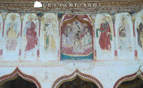 Manastirea Valea Manastirii - fatada bisericii