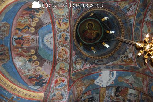 Manastirea Valea Manastirii - Naos
