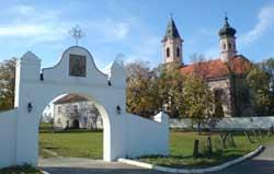 Manastirea Fenek