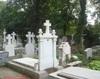 loc de veci la Cimitirul Belu Militar