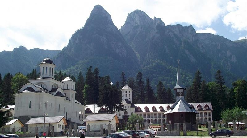Pelerinaj la Manastirea Caraiman