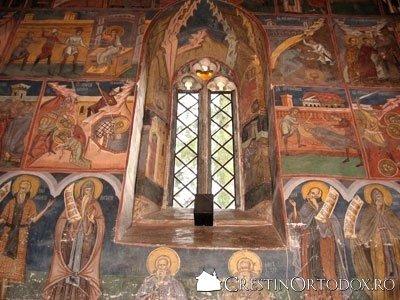 Manastirea Humor - Fereastra din Pronaos